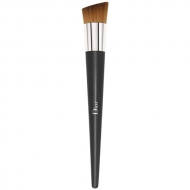 Finish Fluid Foundation Brush High Coverage