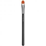 M.A.C. - 195 Concealer Brush