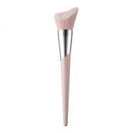 Cheek-Hugging Bronzer Brush