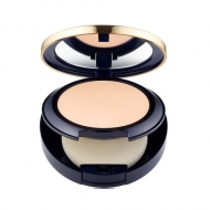 Double Wear Stay-in-Place Matte Powder