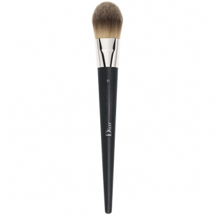 Finish Fluid Foundation Brush Light Coverage