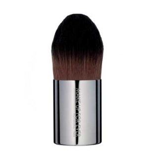 Foundation Kabuki Medium 110