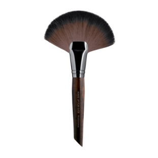 Powder Fan Brush Large 134