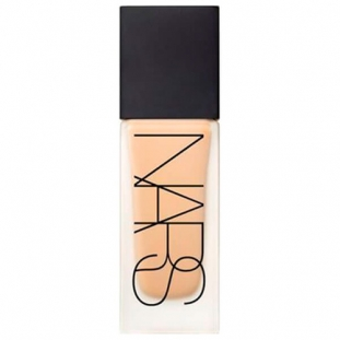 All Day Luminous Liquid Foundation