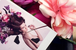 Viktor & Rolf: Bonbons and Flowerbombs
