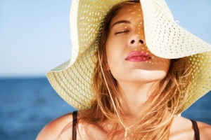 How to protect hair from sun exposure