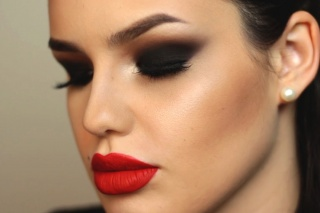 5 Steps for a Perfect Smoky Look