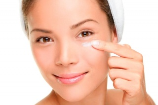 Eye Creams and Moisturizers